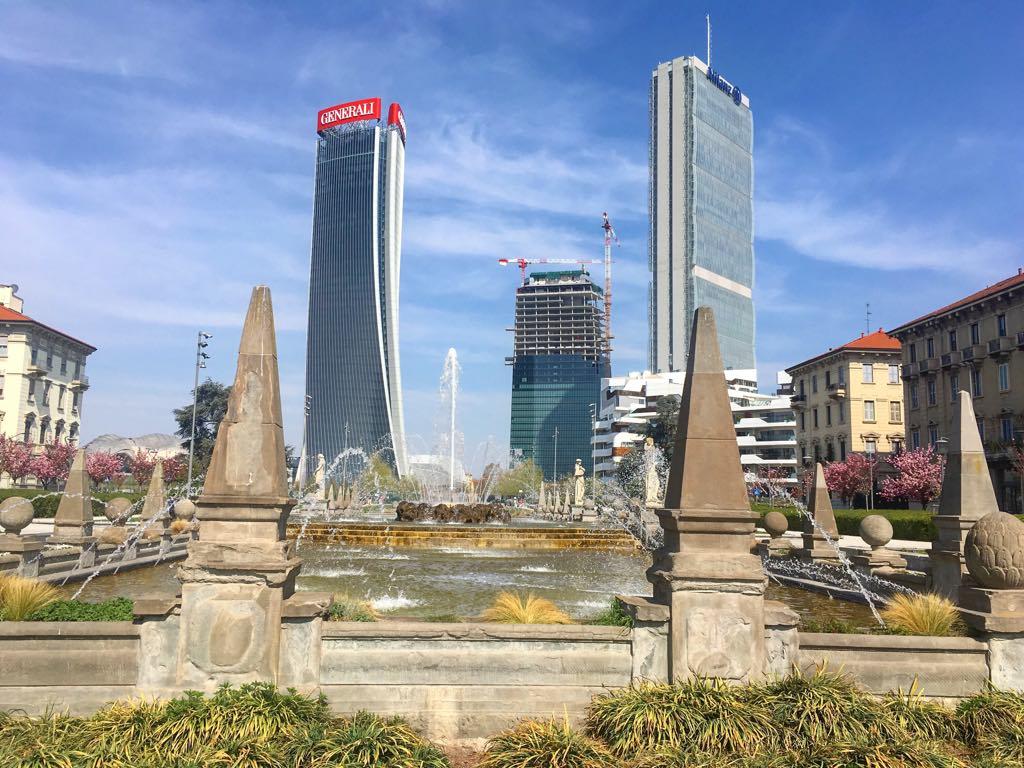 city life milano mediolan